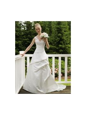 In Store Stock Level B Sincerity Bridal 3333 ivory 8 ivory/silv