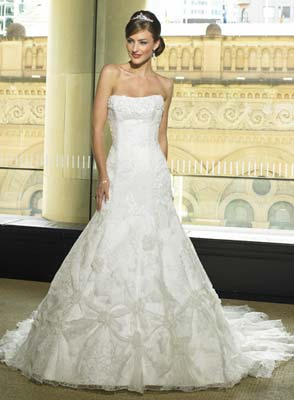 Maggie Sottero  3079 size 12 Whit
