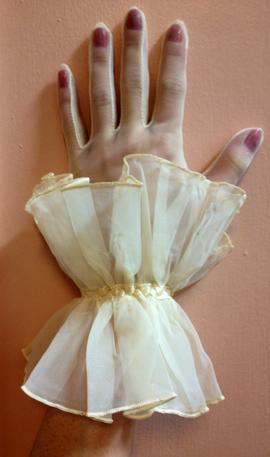 wrist length double ruffle glove