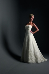 Justin Alexander 8415 ivory size 8 In Store Stock