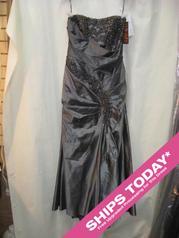 3040 Orig: $2650 Gail Garrison 3040 In Stock