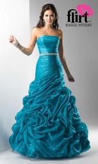 This Strapless Dress P1600 showcases a fitted bodice