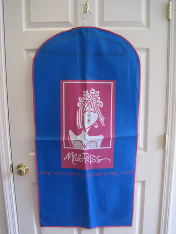 Miss Priss Garment Bag