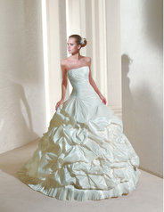 Coleccion Ball Gowns 2011